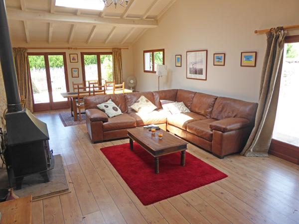 Lovely Gite in Eymet South West France : lounge from eymetgite.co.uk size 600 x 450 jpeg 130kB